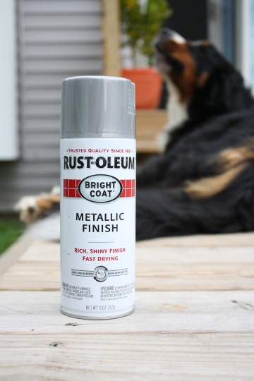 Metallic Aluminum spray paint. And the howling dog.