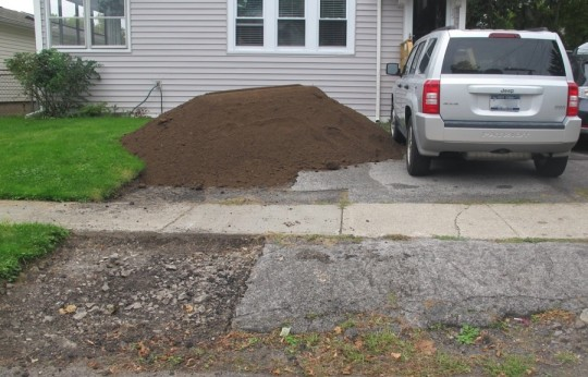 8 yards of dirt vs. a Jeep Patriot?