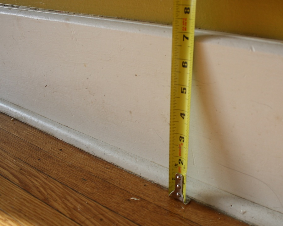 A diy baseboard trim tutorial part 1 of 2 merrypad Baseboard height