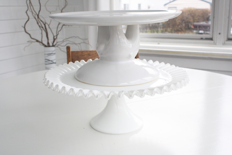 What Is The Best Wedding Cake Tray In USA