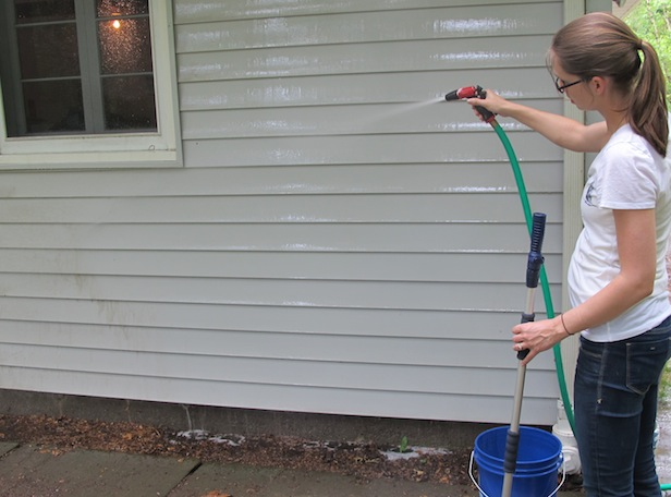 How to clean vinyl siding on DIY Network.