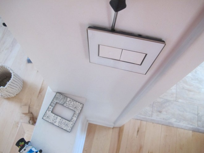 How to replace a Legrand Adorne wallplate easily.