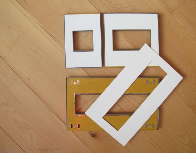 Customize your Legrand Adorne wall plates for the holiday season. Easy DIY!