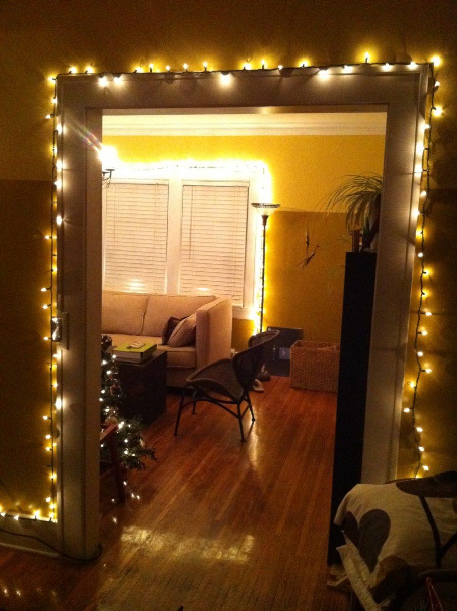 white christmas lights everywhere merrypad. Black Bedroom Furniture Sets. Home Design Ideas