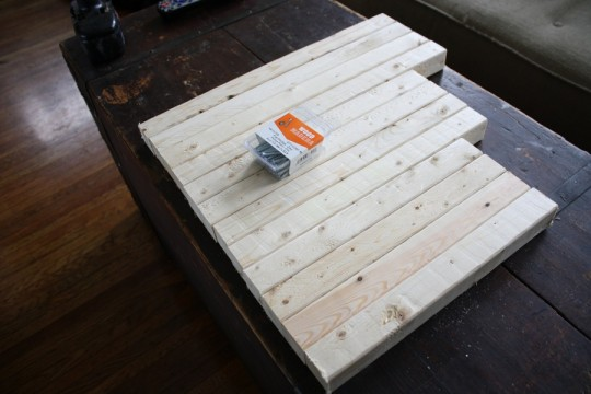 Pre-cut 2x2 boards for assembling one ottoman. Remember, I'm doing 3. I used six 8' boards all together.