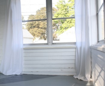 DIY sunroom curtains.