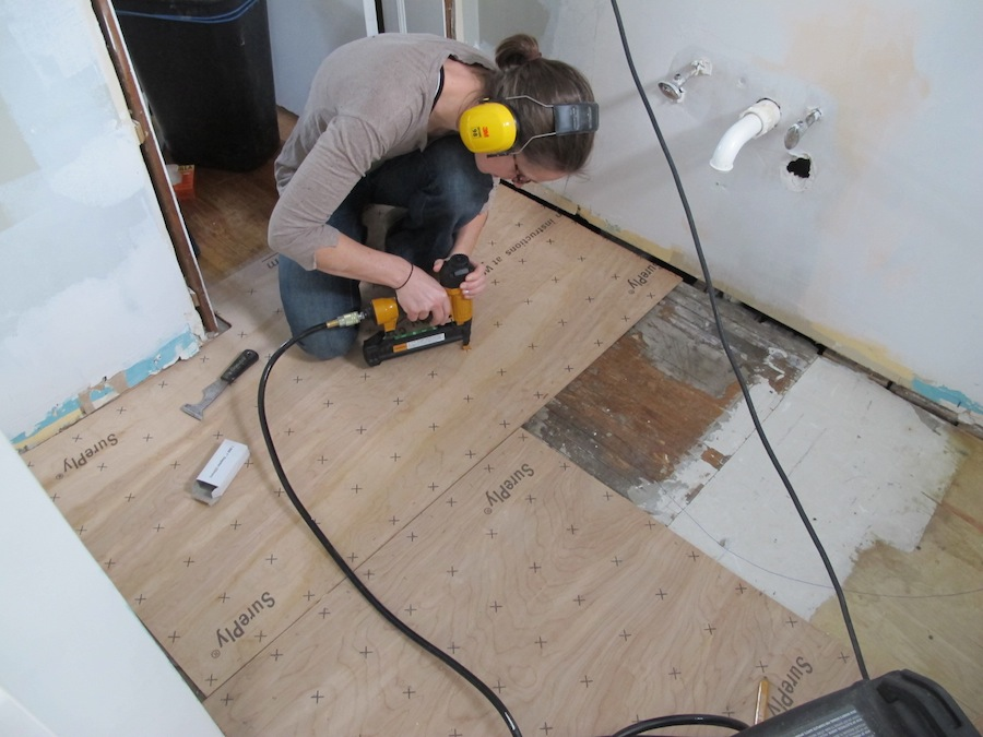 Install Bathroom Floor Underlayment : Diy network floors and some other things merrypad