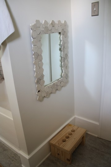 A finished marble mirror frame!